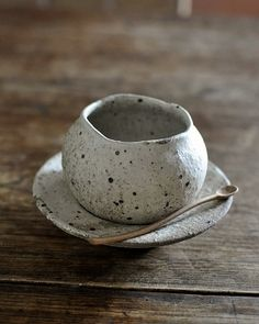 Moegi Olioli Ceramics - Tools of life and vessel - yurt & Yuposu