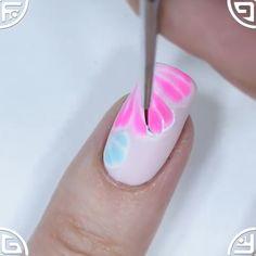 Handmade flower nail design using brush Geometrie en Pearl druk op nagels Hand geschilderd Nail Art Nail Art Designs Videos, Creative Nail Designs, Nail Art Videos, Cute Nail Designs, Nail Art Hacks, Nail Art Diy, Diy Nails, Unicorn Nails Designs, Bright Summer Acrylic Nails