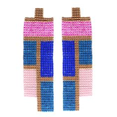 If you're looking for free seed bead earring patterns to make a statement with, look no further than these Deco Darling Earrings. The gorgeous geometric design in these earrings recalls the bold art deco style of the 20s and 30s.