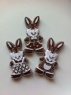 Velikonoční perníčky Baby Girl Cookies, Easter Recipes, Crinkles, Cookie Decorating, Sugar Cookies, Gingerbread, Sweets, Cooking, Cake