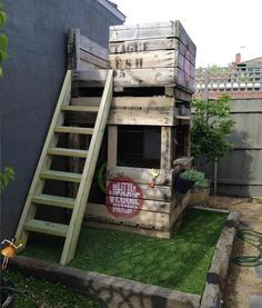 24 DIY Pallet Outdoor Furniture Creations and Big Builds: #16 A kids fort (made out of apple crates)