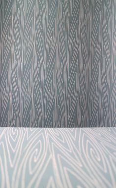 Handmade wallpaper Det Danske Kunstnertapets Fugl Fønix  LLZ TAPET Denmark reprint of Ib Buch. (close-up)
