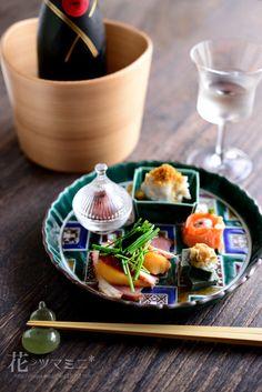 花ヲツマミニ 「和の前菜」 家飲みの食卓日記 Japanese Food Dishes, Japanese Food Sushi, Wine Recipes, Asian Recipes, Gourmet Recipes, Food Decoration, Slow Food, Food Humor, Food Presentation