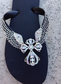 Wings of Faith By Flipinista®* Info@flipinista.com or  call 312.389.2468 *Flipinista is a Registered Trademark Brand.
