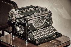 maquina de escribir  casa milá