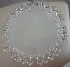Imagem relacionada Shabby Chic, Beaded Crafts, Projects To Try, Diamond, Accessories, Jewelry, Table Scapes, Calla Lilies, Ideas