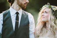 Stylish rustic wedding at Leiper's Fork Village, by Q Avenue Photo.  http://norwegianweddingblog.blogspot.no/2014/05/superstylish-bryllup-fra-leipers-fork.html