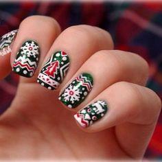 Christmas nails, so cute!
