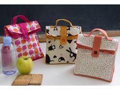 HAPPY DIY :15 idées de tutos gratuits pour une rentrée des classes réussie ... Le sac goûter pour les petits ou les grands inspiré du Lunch Bag Bettinael.Passion.Couture.Made in france