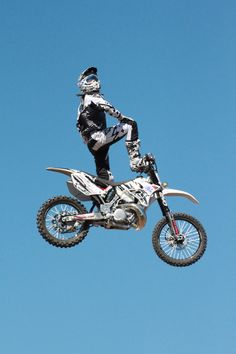Dirt Bikes For Big Men Big Air Like A Boss