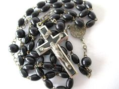 Black or White? by Rhoda T on Etsy