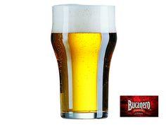 CERVEZA BUCANERO TE DICE ¿Cuál es el vaso Nonic? Su nombre es English Pint, se identifica porque se ensancha de la parte superior del vaso. Su capacidad es de media pinta, algo así como 57 cl. Se recomienda para las cervezas tipo amber ale, Bitter, Dry Stout, entre otras. www.cervezasdecuba.com