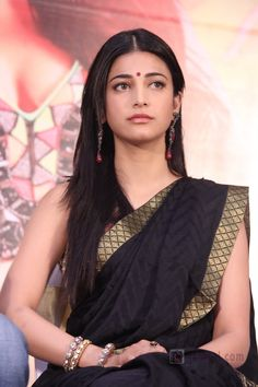 Actress Sruthi Hassan Latest Photo