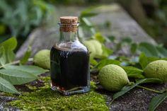 Green Walnut Honey Half Gallon Mason Jars, Walnut Uses, Black Licorice, Yogurt, Liquor, Honey, Syrup, Green, Cooking