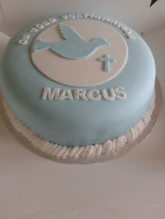 Boys confirmation cake with dove and cross