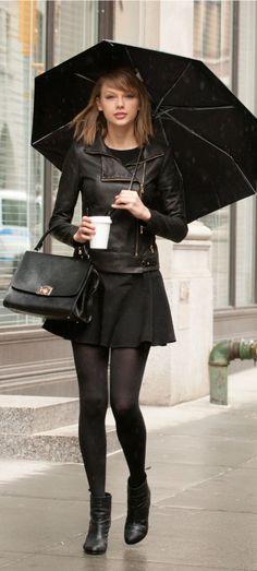 Taylor Swift nylons