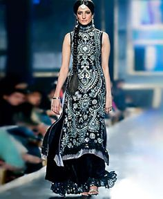 D3957 Black Sandrine Pakistani Wedding Salwar Kameez