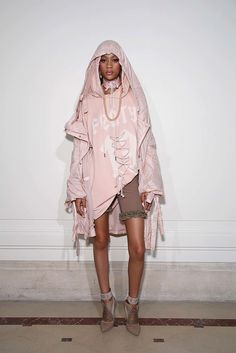 be00349e21d1 See the complete Fenty x Puma Spring 2017 Ready-to-Wear collection.