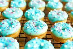Cotton Candy Mini Donuts - A baJillian Recipes Mini Donut Recipes, Mini Donuts, Doughnuts, Cotton Candy Flavoring, Cake Factory, Delicious Donuts, Donut Glaze, Glaze Recipe, Tasty Dishes