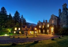 A beautiful hplace to stay in Scotland. Ardanaiseig Hotel, Argyll