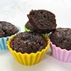 Brownie Muffins - 2 POINT/24 or 3 POINTS/18 -  Makes 18  ---  Kellogg's All Bran extra fiber cereal, & 1fudge brownie mix (Fat free brownie mix. Betty Crocker)