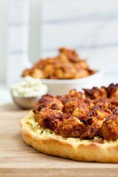 BBQ Cauliflower Pizza 23 keepinitkind thumb   The Big Vegan Super Bowl Recipe Round Up