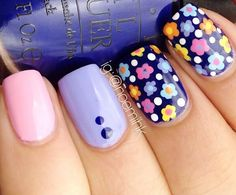 dotted flowers pink blue lovely nails