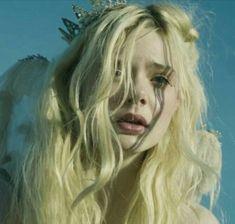 pretty girl cute eyes beautiful movie perfect gorgeous Model Grunge lips actress Elle Fanning blond fairy crown sigur ros leaning towards solace