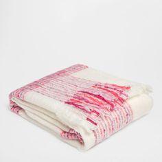 Fuchsia Checked Blanket - Throws - Decor and pillows   Zara Home United States