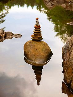 *Cairn Reflection (by AmFluss)