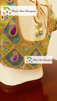 pinterest @Nk Wedding Saree Blouse Designs, Silk Saree Blouse Designs, Saree Blouse Patterns, Designer Blouse Patterns, Blouse Neck Designs, Sri Lanka, Aari Work Blouse, Aari Embroidery, Blouse Models