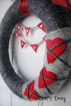 Yarn Wreath Felt Handmade Door Decoration Large Flower by ItzFitz Valentine Day Wreaths, Valentine Day Love, Valentine Day Crafts, Valentine Decorations, Holiday Wreaths, Holiday Crafts, Printable Valentine, Homemade Valentines, Valentine Ideas