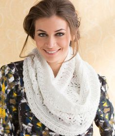 This lace cowl knitting pattern is perfect for adding some glamour to your outfits. Give this sparkle lacy knit cowl a try if you& looking for free knitting patterns for women that really pack a punch. Crochet Patron, Knit Or Crochet, Crochet Scarves, Lace Knitting, Start Knitting, Knit Shawls, Crochet Bikini, Red Heart Patterns, Lace Patterns