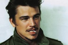 Thursday Oh Yeah ! : Josh Hartnett, 10 anecdotes terroir | ParisianShoeGals