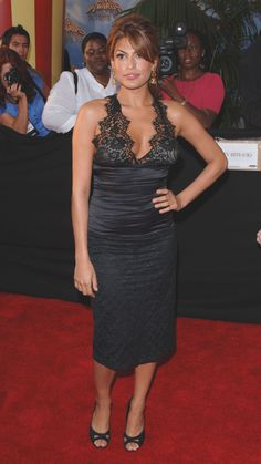 Eva Mendes Eva Mendes And Ryan, Most Beautiful Indian Actress, Hey Girl, Red Carpet Fashion, Well Dressed, Indian Actresses, Lady, Short Dresses, Celebs
