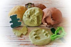 Ötperces, illatos, bögrés gyurma – olyan, mint a Play-Doh Salt Dough, Kool Aid, Play Doh, Preschool Activities, Crafts For Kids, Clay, Ethnic Recipes, Desserts, Grandkids