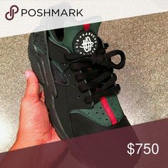 Gucci huaraches New condition Nike Shoes Athletic Shoes