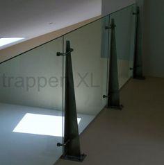 Balustrade met driehoekige steunen #Glazen_balustrade