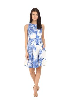 Floral Spring Dresses For Every Budget. Wear-Anywhere Silhouette.