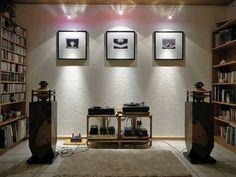 Nice audiophile setup and room...