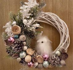 Grapevine Wreath, Grape Vines, Christmas Wreaths, Holiday Decor, Home Decor, Christmas Garlands, Homemade Home Decor, Holiday Burlap Wreath, Vineyard Vines