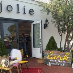 Thanks to all the beautiful people who gathered at our communal table @shop_jolie last night. We had an amazing summer evening filled to brim with all things we ❤️! #food #wine #design #lark #love #local #art #adventure #inspiration #delicious #chefsmenu #chefkyle #goodvibes #cultivate #create #newportbeach #lidomarinavillage #orangecounty #summer2015