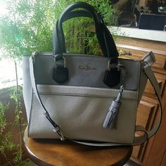 Cole Haan Purse Cute Cole Haan Purse with shoulder strap. Only carried once or twice. It is a soft pebbled leather, so has some indents but will continue to soften over time. Interior has no stains. Cole Haan Bags Shoulder Bags