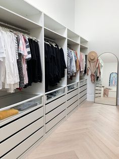 Sleek cabinetry makes a wardrobe feel luxurious and clean, even when it's neither. We all know wardrobes don't stay clean for long 🤣 Ikea Walk In Wardrobe, Walk In Closet Small, Wardrobe Room, Wardrobe Design Bedroom, Ikea Pax Closet, Walk Through Closet, Build In Wardrobe, Ikea Closet System, Wardrobe Storage