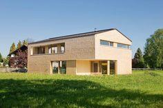 Jürgen Haller - Projekte Style At Home, Elevator Design, Garage Doors, Shed, Modern, Outdoor Structures, Cabin, Mansions, House Styles