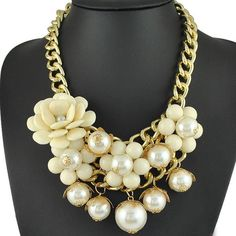 Stylish and Lovely Fashion Statement #Necklace for enhance beauty.