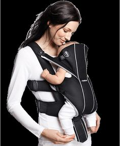 Carry your child high up or low down with the Baby Carrier Miracle