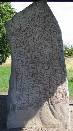 The Rök Runestone (Ög located in Rök, Sweden features a Younger Futhark runic inscription that makes various references to Norse mythology. Viking Runes, Viking Age, Ancient Runes, Viking Symbols, Ancient Artifacts, Younger Futhark, Norse Religion, Les Runes, Viking Culture