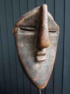 Mask - LWALWA - Kasaï - D.R. Congo African Masks, African Art, Britisches Museum, Sand Candles, Modern Art Sculpture, Ceramic Mask, African Sculptures, Art Premier, Masks Art