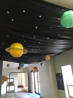 22 Ideas for camping theme party outer space Space Theme Classroom, Classroom Decor, Classroom Ceiling Decorations, Classroom Displays, Lobby Design, Modern Entryway, Entryway Decor, Entryway Lighting, Ceiling Lighting